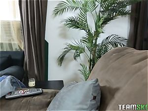 Piper Perri seduces her pals bro