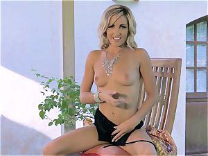 sensual Skye takes her splendid getting off indoors