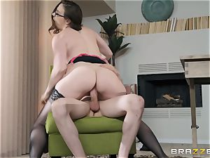 kinky milf is thirsty for young prick