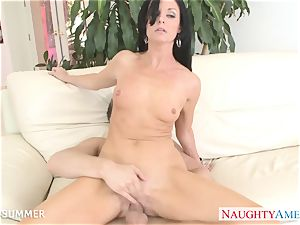 black-haired India Summer gets honeypot porked