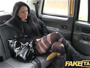 faux taxi Local hooker penetrates taxi boy