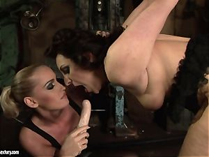 Kathia Nobili dildo ravage the booty of her buddy