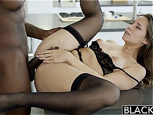 BLACKED My girlfriends steaming sister Cassidy Klein loves bbc