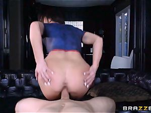 Frustrated Jennifer white rides Bill Bailey for a steamy facial