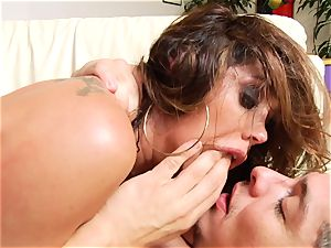 Roasting Francesca Le gets her muffin spunk decorated
