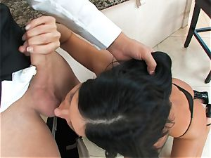 India Summers, dark-haired bare cockslut, takes gigantic stiffy on her lips in bj