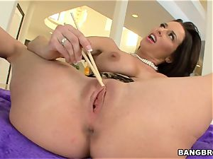 Veronica AvLuv screwed by a giant penis