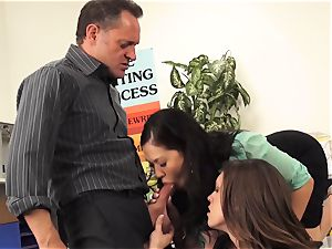 masters London Keyes and Jade Nile pound a students dad