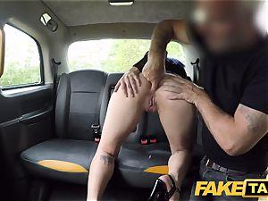fake taxi Spanish damsel Liz Rainbow luvs anal