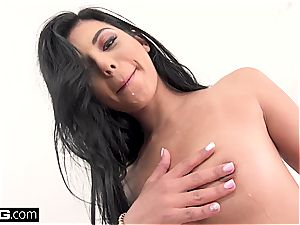 Gina Valentina gets every crevasse inserted and nailed