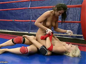 Brandy smirk do some kicking with her naked enemy