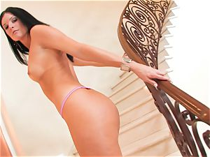 India Summers gets too horny and gets a magnificent visitor