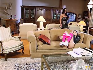 nanny Belle Knox seduced by Kendra enthusiasm and her guy